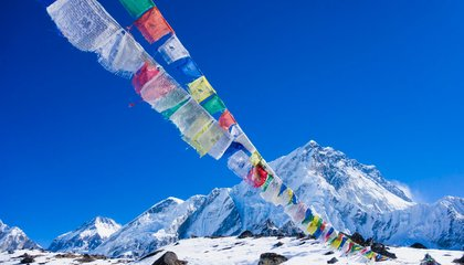 Here's Why Nobody Made It Up Mount Everest Last Year