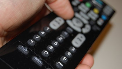 American TV Watchers Spend Over a Year of Their Life Channel Surfing