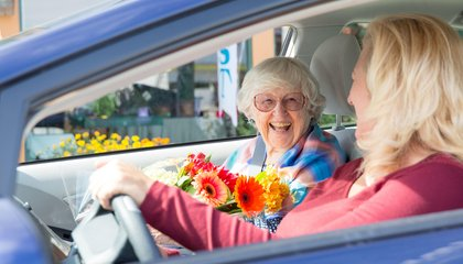 Lyft and Uber Want To Give Old Folks a Ride