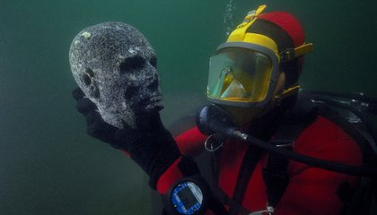 Sunken Treasures From Ancient Egypt Are Now on Display in France