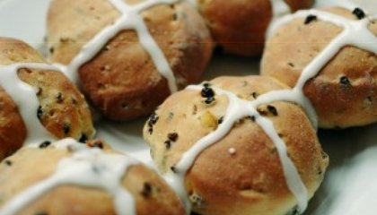 Easter Food Traditions: Eggs, Lamb and Hot Cross Buns