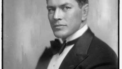 Smithsonian Gets Their Mitts on Gene Tunney's Gloves