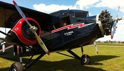 Flying an 80-Year-Old Plane
