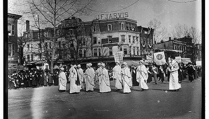 One Hundred Years Ago, 5,000 Suffragettes Paraded Down Pennsylvania Avenue