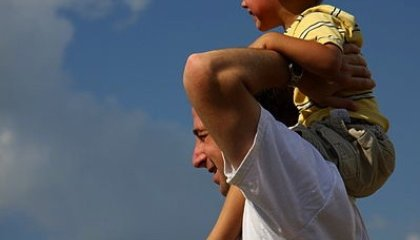 A Man's Testicle Size May Influence His Enthusiasm for Parenting