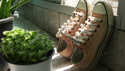 This Is Why Your Converse Sneakers Have Felt on the Bottom