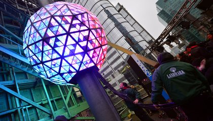 Here's Why New York Celebrates New Year's Eve by Dropping a Ball