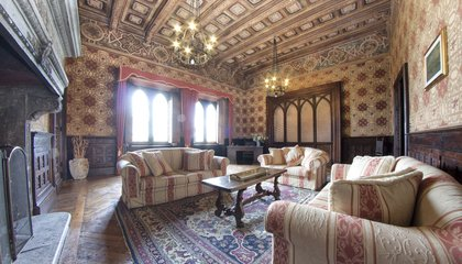 Want to Sleep Like a King, Queen or Borgia For a Night? Stay in these Historic Airbnbs