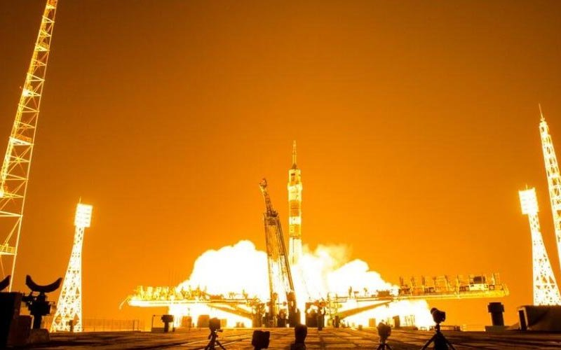 soyuz_night_launch.jpg__1072x500_q85_crop_upscale.jpg