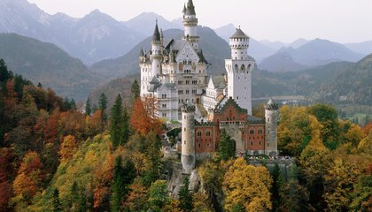 The World's Most-Visited Castles and Palaces