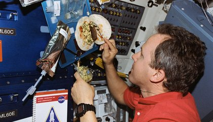 Ask the Astronaut: What do astronauts eat right before launch?