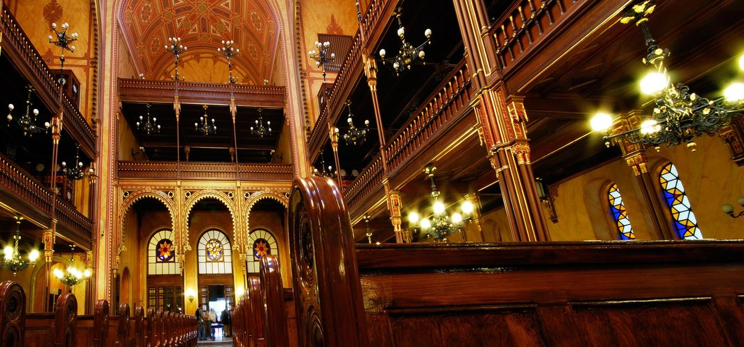 Interior of Dohany Street Synagogue, Budapest