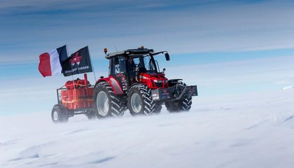 A Dutch Actress Is Journeying to the South Pole on a Tractor