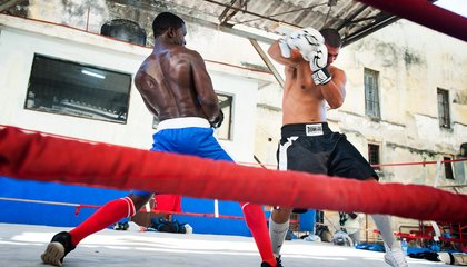 These Photos From Cuba Place You in the Boxing Ring