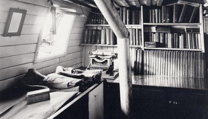 Historians Finally Figured Out What Was on Shackleton's Bookshelf