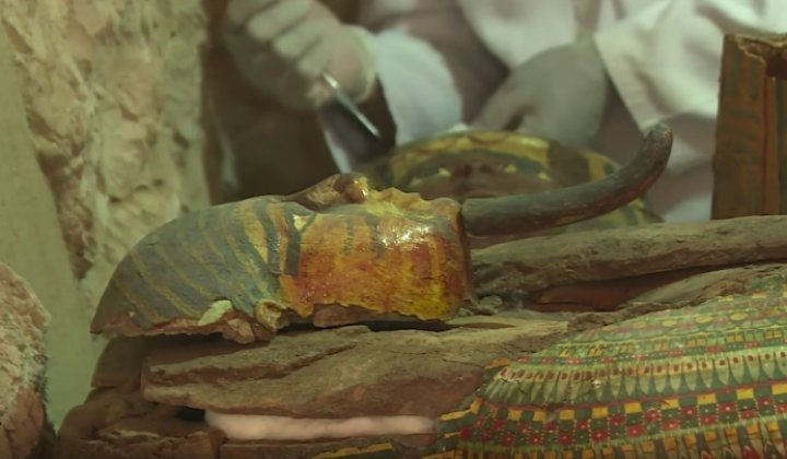 Mummies, More Than 1,000 Statues Found in Egypt