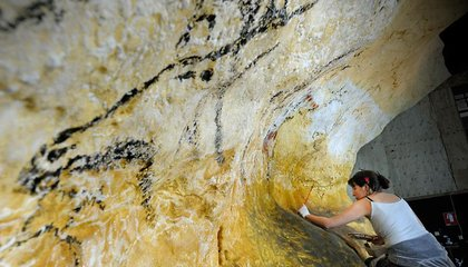 See the World Like a Paleolithic Cave Dweller With This Replica of the Lascaux Cave Paintings