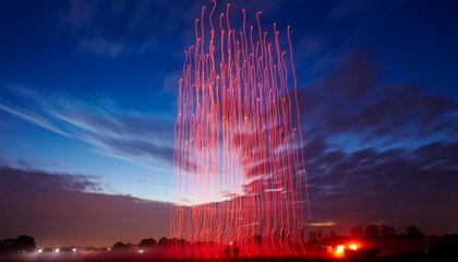 Watch 100 Drones Dance Their Way to a World Record