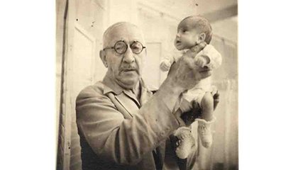The Man Who Ran a Carnival Attraction That Saved Thousands of Premature Babies Wasn't a Doctor at All