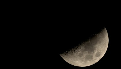 Sorry, Stargazers: There's No Way to See This Weekend's Black Moon
