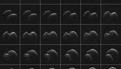 Watch a Large Asteroid Streak Through the Night Sky