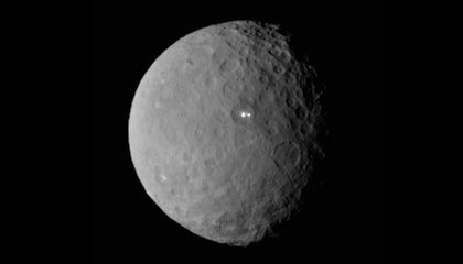 Dawn Spacecraft Closes in on Ceres