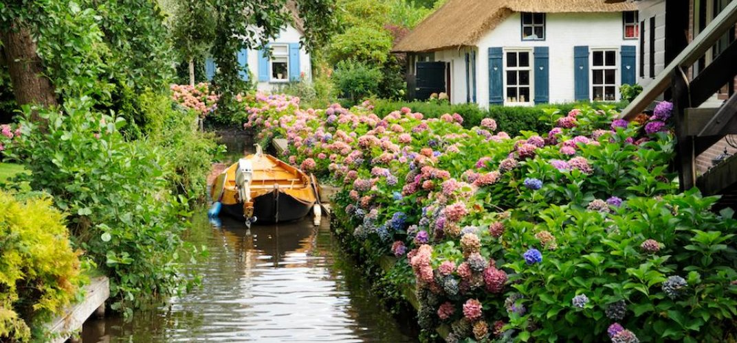 Caption: Get Lost in a Maze of Storybook Canals in this Dutch 'Venice'