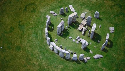 Did Stonehenge Hold Up a Giant Stage?