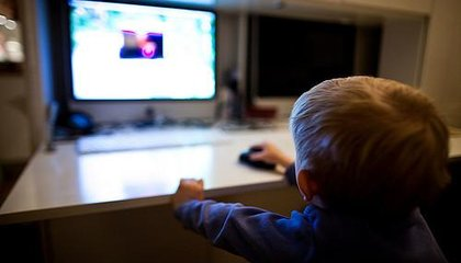 Pediatricians Switch Up Screen Time Rules for Tots