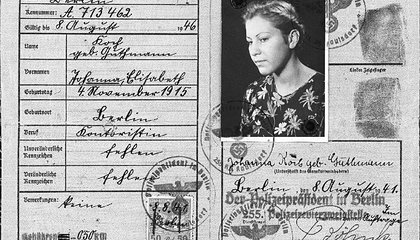 A Holocaust Survival Tale of Sex and Deceit