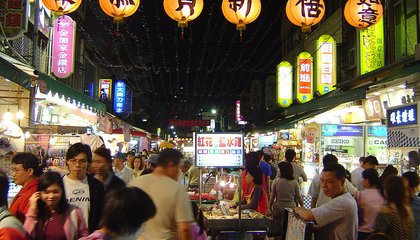The Best Night Markets for Midnight Snacking in Taipei