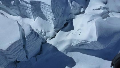 This Scientist Fell Down a 70-Foot Crevasse in the Himalayas But Managed to Claw His Way Out