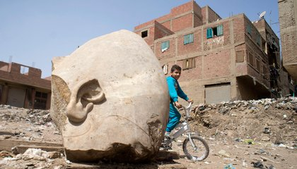 Huge Statue of Egyptian Pharaoh Discovered in Cairo
