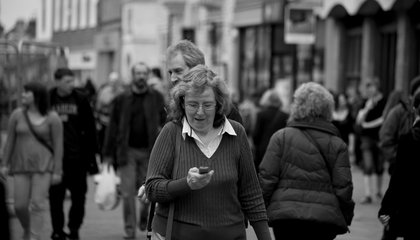 The Science Is Clear: Don't Text and Walk