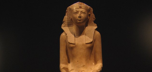 The Queen Who Would Be King  History  Smithsonian-3007