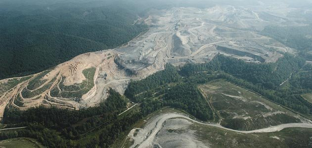 80-square-mile Hobet 21 mine near Danville, West Virginia