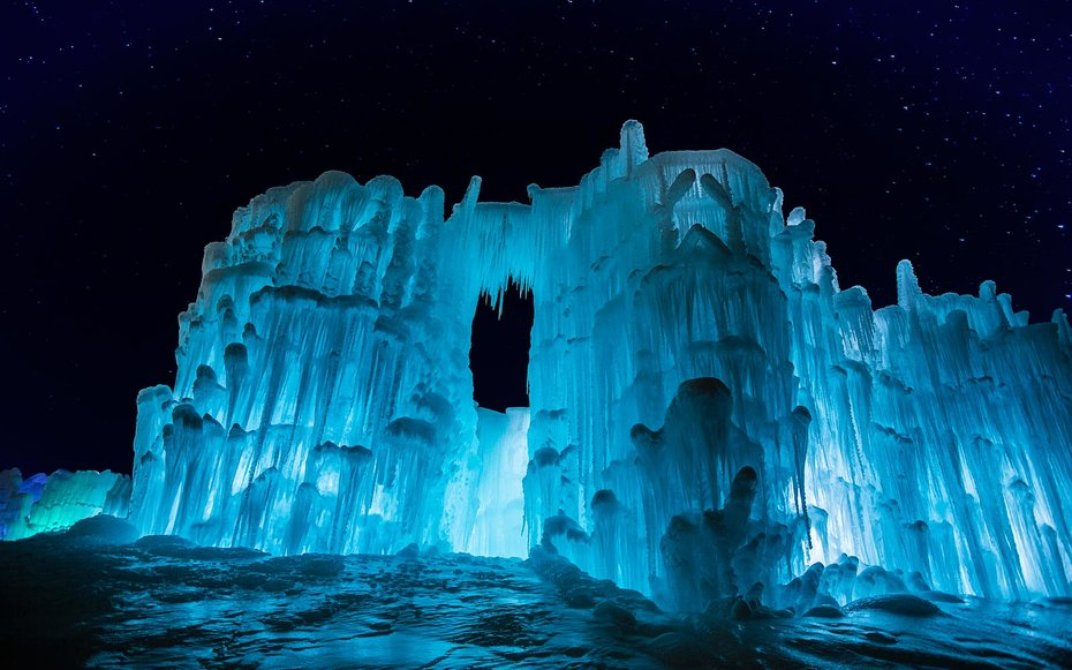 Sparkling Ice Castles Take Form Across The Midwest