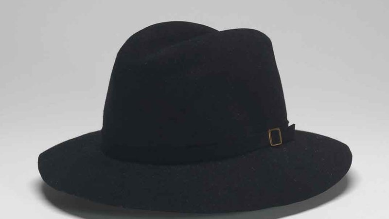 Maddest Hatter created this felt fedora that Michael Jackson wore during the tour.