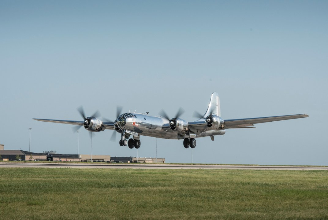 meet doc one of only two flying b 29s in the world history air space magazine. Black Bedroom Furniture Sets. Home Design Ideas
