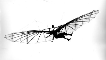 Otto Lilienthal's In-Flight Movie From the 1890s
