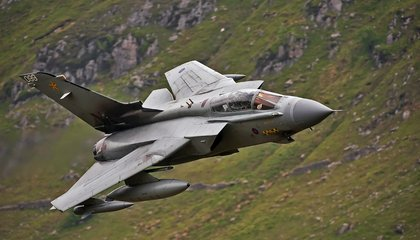 Low Jinks in the Mach Loop