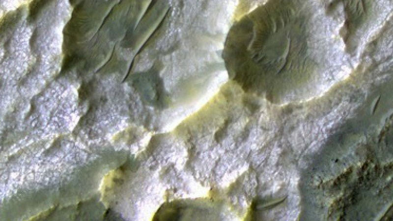 Cracks in this region of the southern highlands of Mars formed as salt deposits dried.