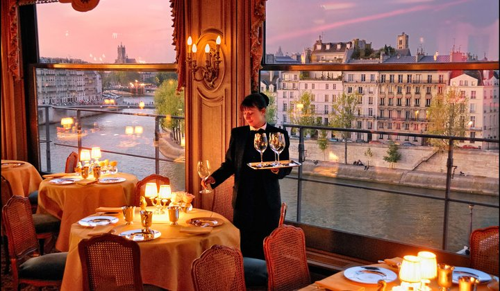 Does the Classic Paris Meal Still Exist?