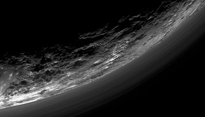 New Horizons is Still Only Halfway Through Its Download from Pluto