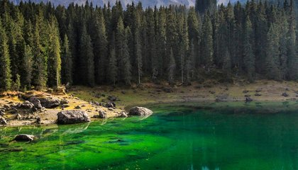 Nine Places to Enjoy Naturally Green Waters This St. Patrick's Day