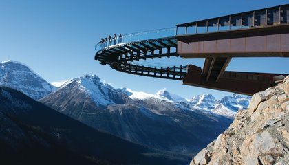 Stroll Along A Glass Walkway 918 Feet Above the Ground