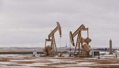 Archaeologists Find Jobs in Oil Boomtown