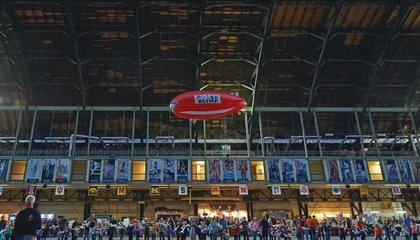 The World's Largest Indoor Air Show