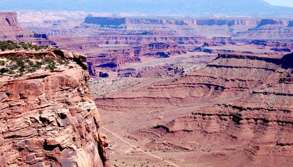 Could the Colorado Plateau Be an Ancient Impact Scar?