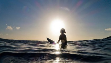 This Surfboard Maps Waves and Gathers Ocean Data for Researchers